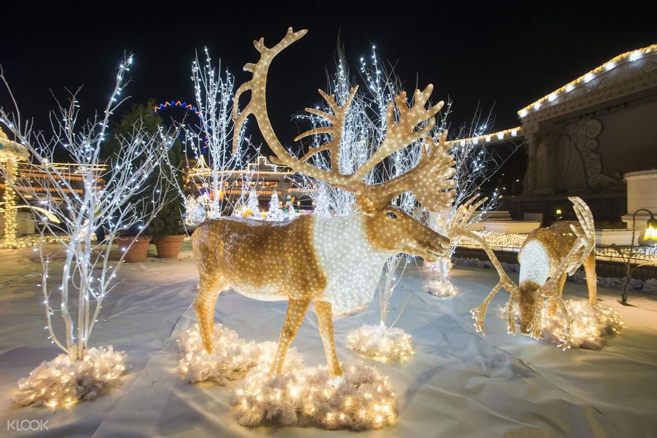 everland christmas decorations